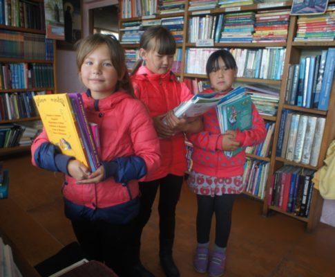 Фото-новости из Народной библиотеки им. Е.И.Рерих в Усть-Коксе — май 2017